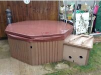 Canadian spa Halliburton hot tub