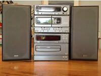 Denon stereo system - 6CD changer