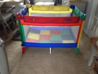 Graco baby travel cot / play pen .