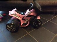Avigo toddler motorised trike