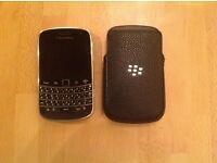Blackberry Bold 9900, with leather case and charger