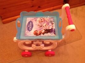 Frozen toy tea trolley, with accessories