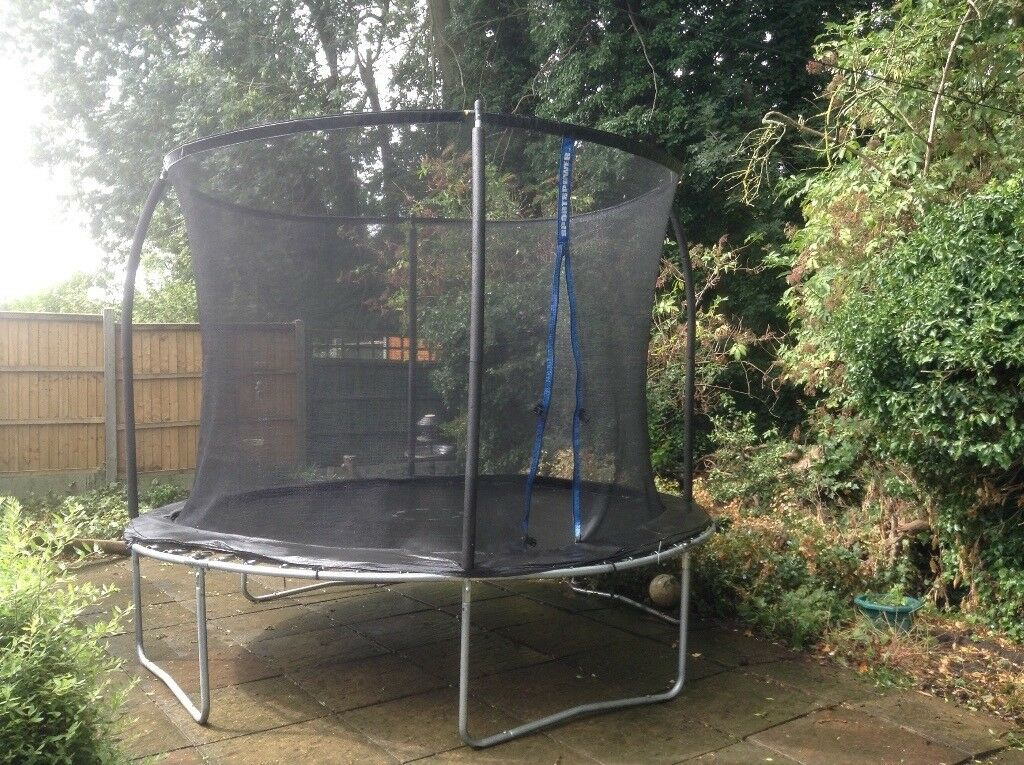 Sportspower 10ft Trampoline With Enclosure Netting In
