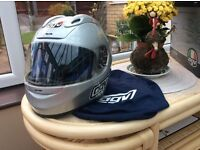 NEW AGV MOTORCYCLE HELMET 25% NEW PRICE -SILVER FLYER