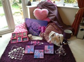 Beautiful pink/mauve co-ordinating bedroom accessories/bundle
