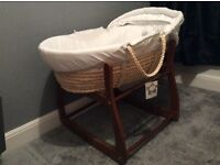 Disney Winnie the Pooh Moses basket and rocking stand