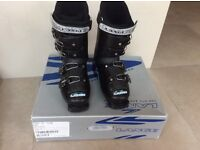 Ski boots Lange Comp 60 Black 23.5 Approx 3.5-4.5 UK 36.5 EUR