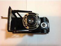 Snap up a vintage Kodak Six-16 Junior camera!