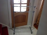 Adjustable Cothes Rack with hanging storage