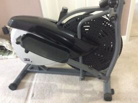 Aero Elliptical Strider by Body Sculpture. BE-5940. As new condition unwanted gift.