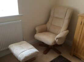 Brand new recliner with foot stool