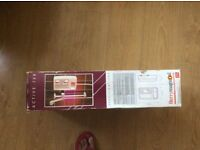 Electric shower brandnew in box in good Excellent condition and please phone for further details.