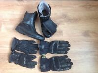 Motorcycle boots and gloves