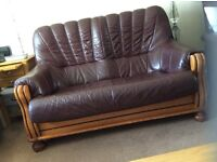 ***Free*** Seater Leather Sofa good condition