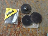 30 or more sanding disc and pad
