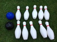 10 pin bowling with 2 plastic bowling balls