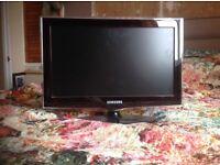 "22"" Samsung tv,HDMI/USB/LED"