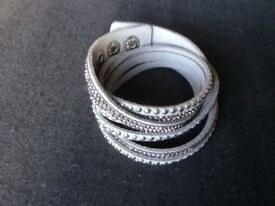 Silve Diamanté 4 Strand Multi Strand Bracelet