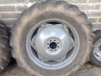 Massey Ferguson 35/135 complete set of wheel