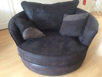 Large Black Spinning Love chair