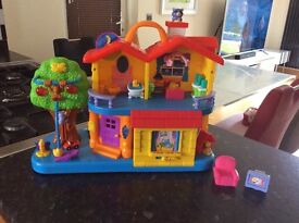 Interactive child's play house