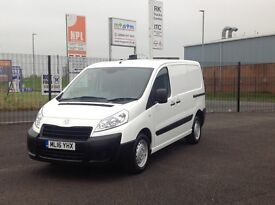 AS NEW. ONLY 3000 MILES 2016 PEUGEOT EXPERT HDI PROFESSIONAL. 3 SEATS. 2 SIDE DOORS. LOTS OF EXTRAS.