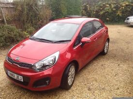 KIA RIO 1.4 5dr Very Low mileage. Smooth automatic gearbox . Drives like new.