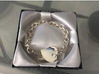 Brand new bracelet ( costume jewellery )