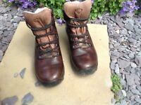 Hiking boots by Brasher Super light size 5 uk Goretex lined £20