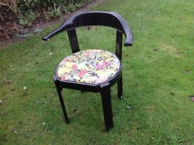 Six garden chairs with wipe seat covers