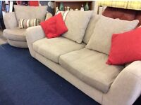 Modern 3 seater and swivel chair good clean condition free delivery