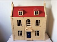 Marlborough Dolls House by Pintoy - includes furniture