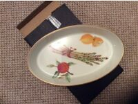 Royal Worcester Evesham gold oval baking