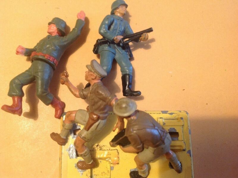Job lot of German figures and vickers machine gun for sale  Washington, Tyne and Wear