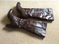 Ladies brown leather boots, size 6 from Jones. Excellent condition, worn once