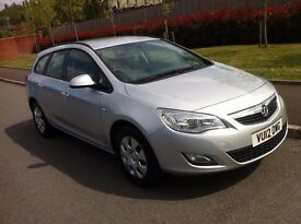 Vauxhall Astra 1.7 CDTi 16v Exclusive,DIESEL,1 Owner,FULL SERVICE HISTORY,12 Months MOT£30 TAX,2012