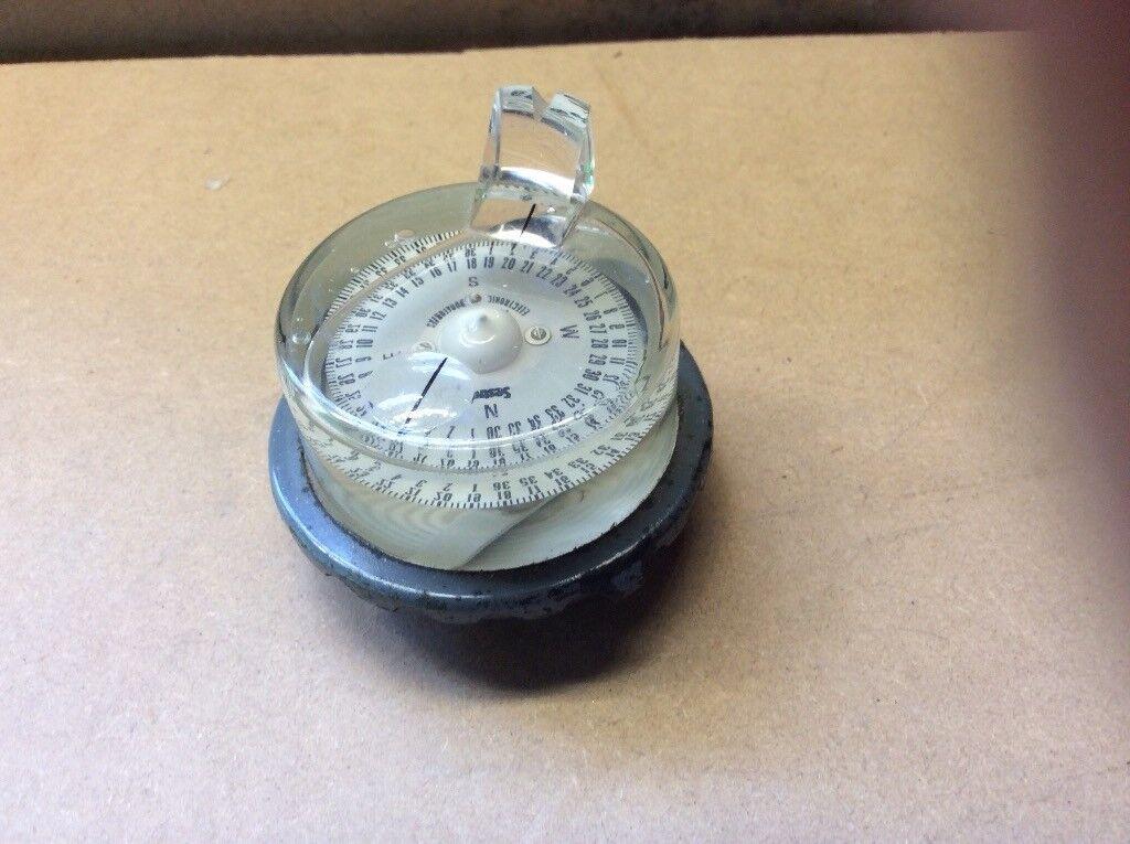 SESTREL hand bearing compass