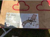 Hamilton streamer chair