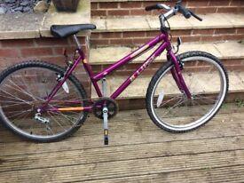 FOR SALE - Women's bike