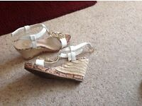 River island sandles size 4