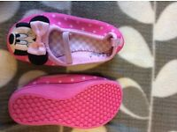 Girls Minnie Mouse shoes/ slippers size 5
