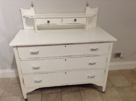 Shabby chic upcycled chest/drawers in white
