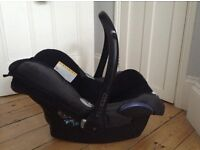 Maxi cosi pebble car seat - great condition suitable from birth