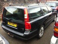 2002 VOLVO V70 D5 DIESEL ESTATE WITH TOW BAR **FULL MOT**CHEAP CAR .