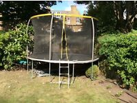 12ft trampoline with net, already dismantled, good condition