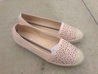 Lunar flat shoes size 6