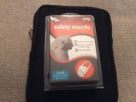 Small dog safety muzzle