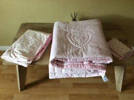 Marks and Spencer Reversible Girls Bedding Set - Duvet Cover/Throw/Pillowcase