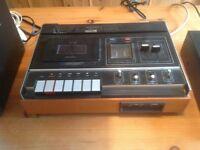 Vintage tape deck / Kenwood fm receiver/Cd player