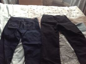 Women's Levi's jeans 2 pairs black and dark blue